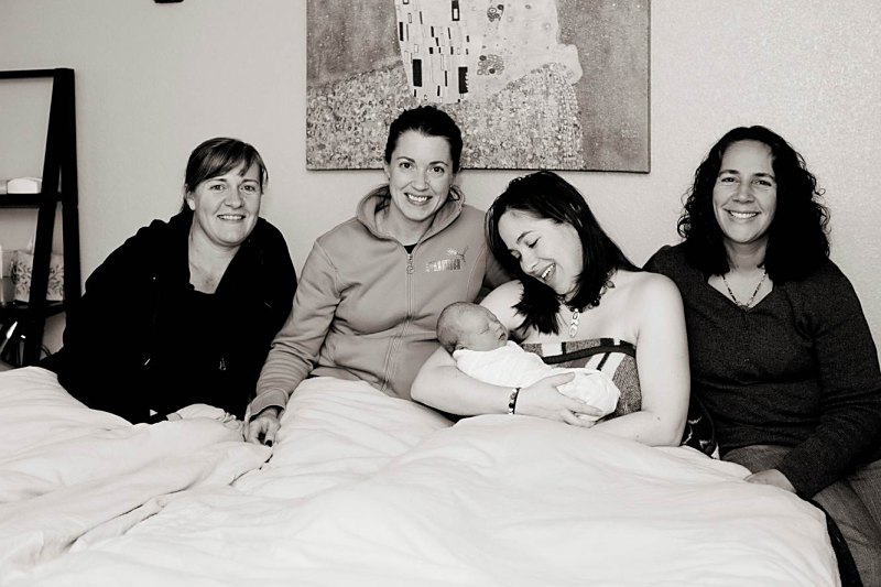 Angela and her family with their midwife, Ali Photo credit: Jessica at One Tree Photography